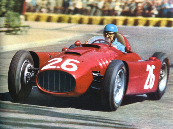 alberto ascari at Top 10 Formula One drivers with Highest Winning Percentage