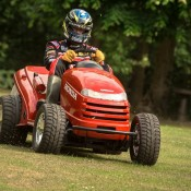 Honda Mean Mower 2 175x175 at 130mph Honda MeanMower: Only For The Stigs Lawn!