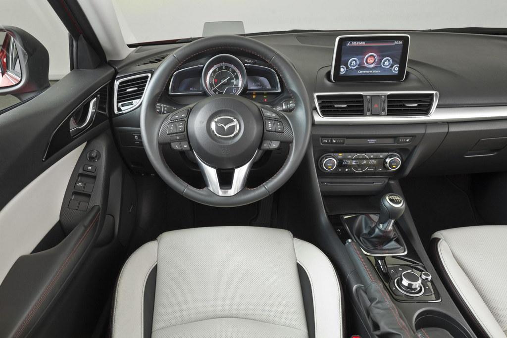 Новый авто фото Mazda 3 Sedan…
