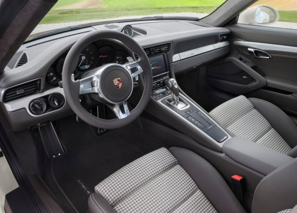 Porsche 911 50th Anniversary 2 600x430 at 50th Anniversary Package Now Available For All Porsche 911s