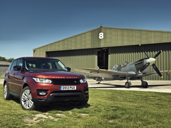 Range Rover Sport vs The Spitfire 2 600x450 at English Civil War: Range Rover Sport vs The Spitfire