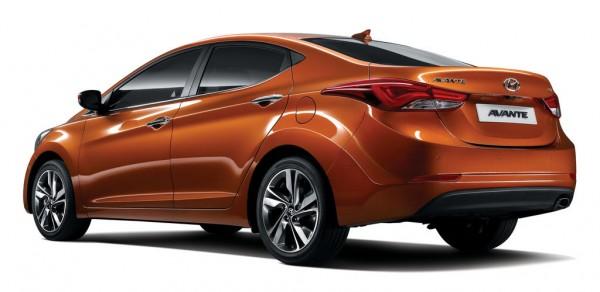 2014 Hyundai Elantra 3 600x292 at 2014 Hyundai Elantra/Avante Gets A Mild Facelift