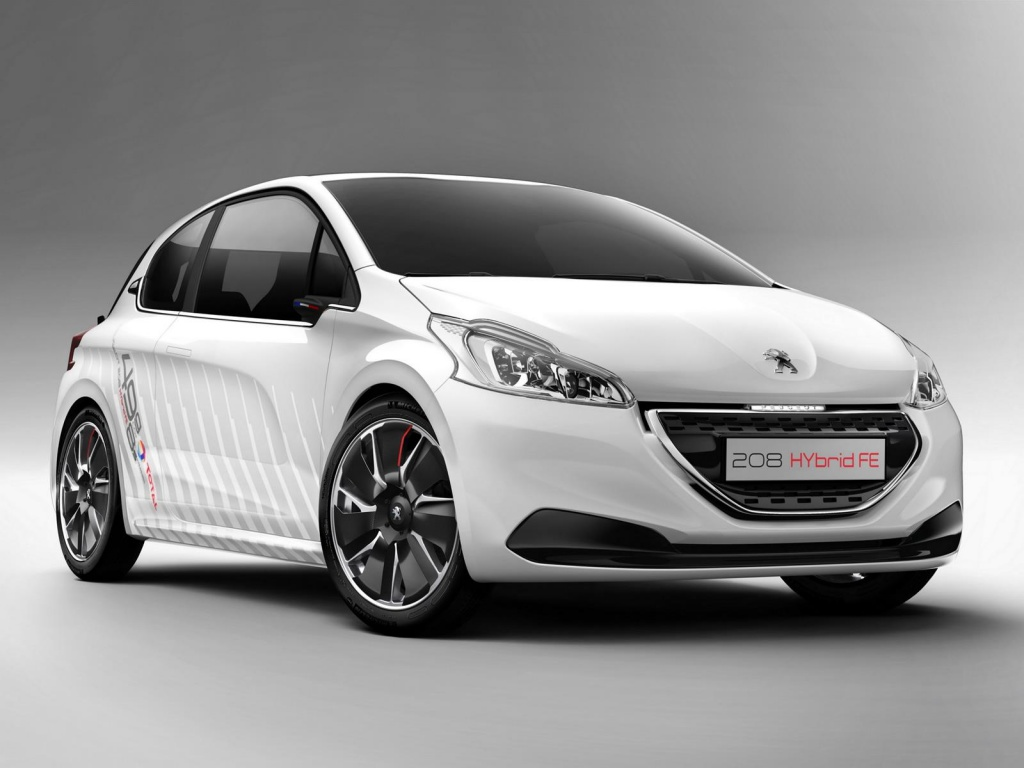 iaa preview peugeot 208 hybrid and 308 r concept. Black Bedroom Furniture Sets. Home Design Ideas
