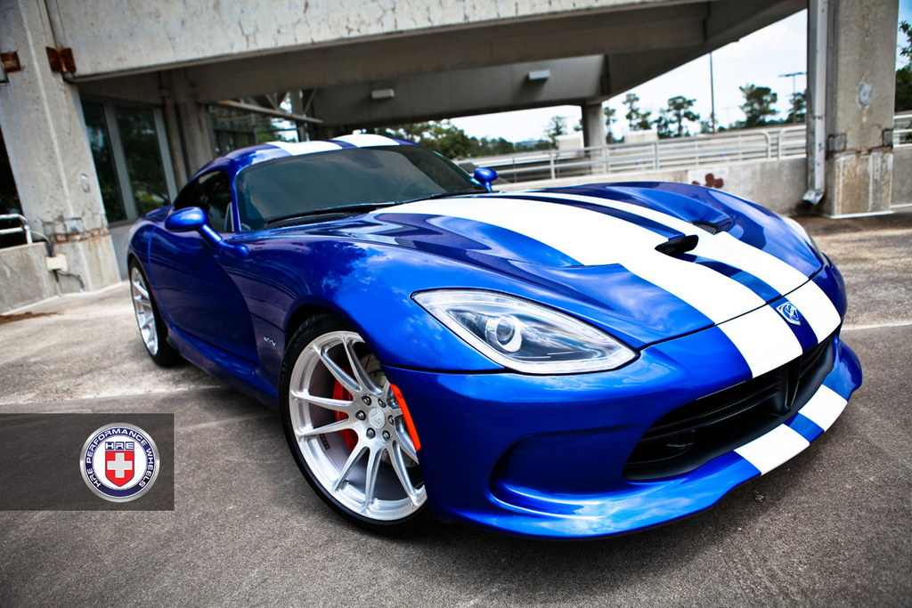 Srt Viper Gets A Wheel Treatment From Hre