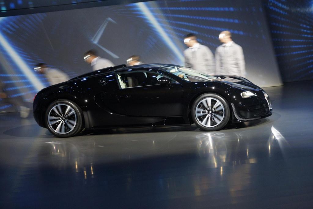iaa 2013 bugatti veyron jean bugatti edition. Black Bedroom Furniture Sets. Home Design Ideas