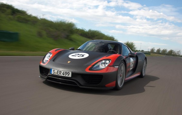 Porsche 918 Spyder makes Frankfurt debut 600x378 at Production Porsche 918 Spyder: Final Specs