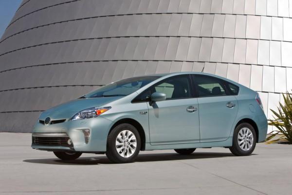 2012 Toyota Prius Plugin 026 600x400 at 2014 Toyota Prius Price Cut Details