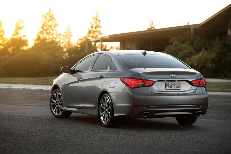 2014 hyundai sonata specs details and pricing. Black Bedroom Furniture Sets. Home Design Ideas