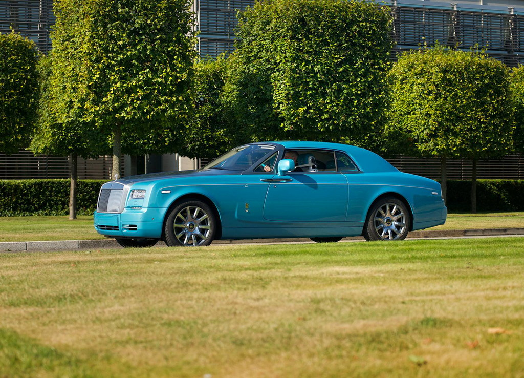 rolls royce phantom coupe ghawwass edition revealed. Black Bedroom Furniture Sets. Home Design Ideas