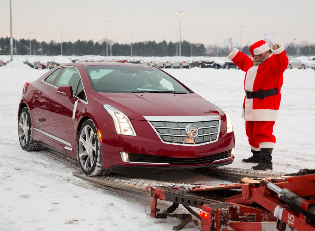 cadillac elr hits the showrooms in time for christmas. Black Bedroom Furniture Sets. Home Design Ideas