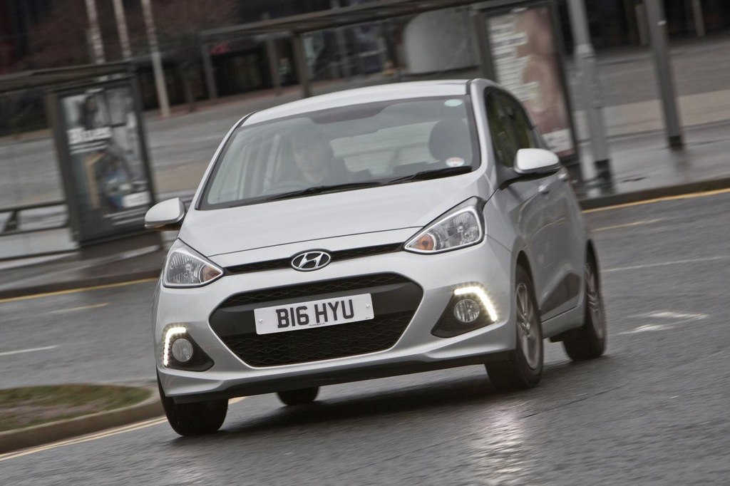 2014 hyundai i10 uk prices and specs. Black Bedroom Furniture Sets. Home Design Ideas