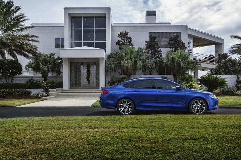 2015-Chrysler-200-N-6.jpg
