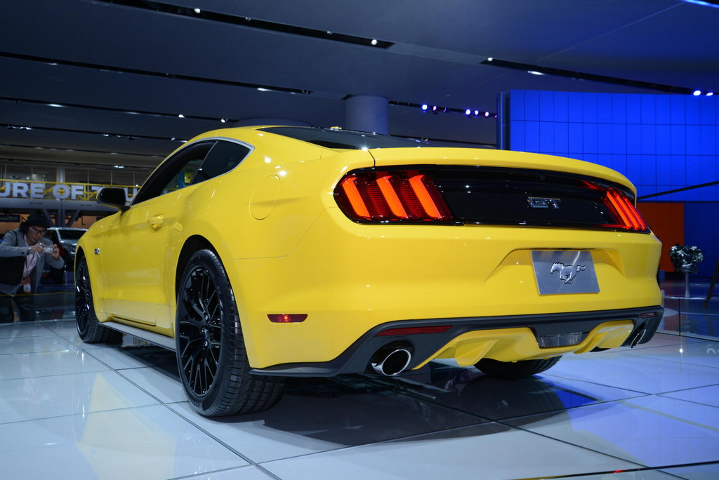 mustang naias 9 175x175 at 2015 ford mustang in need for speed movie. Black Bedroom Furniture Sets. Home Design Ideas