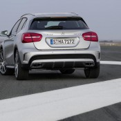 2015 Mercedes GLA45 AMG 3 175x175 at 2015 Mercedes GLA45 AMG Revealed Ahead of NAIAS