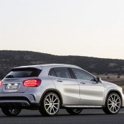 2015 Mercedes GLA45 AMG 5 175x175 at 2015 Mercedes GLA45 AMG Revealed Ahead of NAIAS