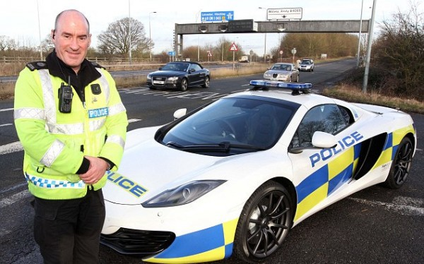 McLaren 12C Patrol Car 1 600x374 at UK Police Gets McLaren 12C Patrol Car