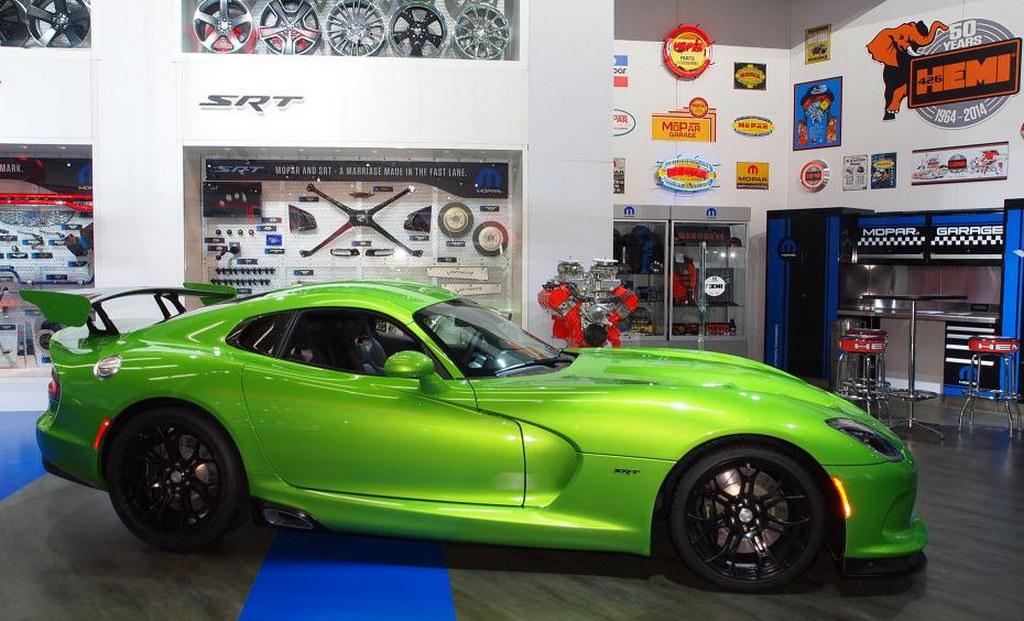 Stryker Green SRT Viper NAIAS 1 at Show Debut for Stryker Green SRT Viper: NAIAS 2014