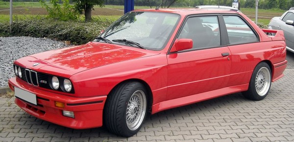 """1986 BMW M3 E30 600x291 at 40 Years of BMW """"M"""" History"""