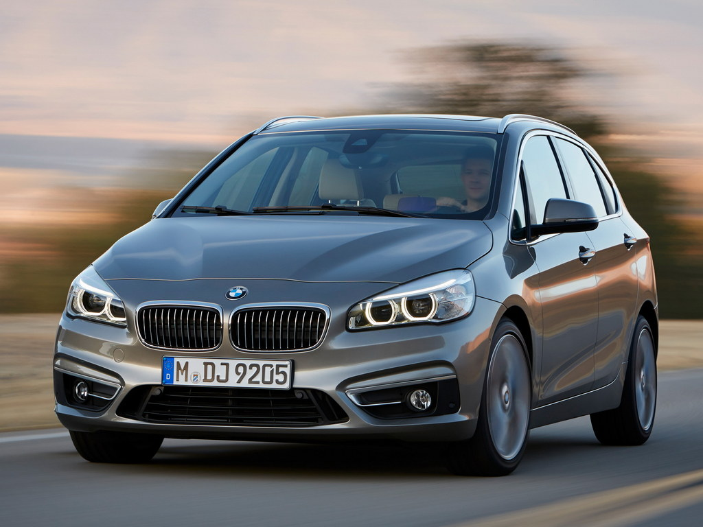 bmw 2 series active tourer unveiled details and specs. Black Bedroom Furniture Sets. Home Design Ideas