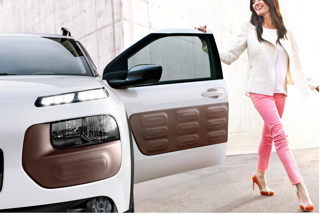 citroen c4 cactus officially unveiled. Black Bedroom Furniture Sets. Home Design Ideas