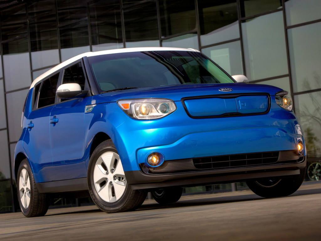 2015 kia soul ev revealed with 100 mile range. Black Bedroom Furniture Sets. Home Design Ideas