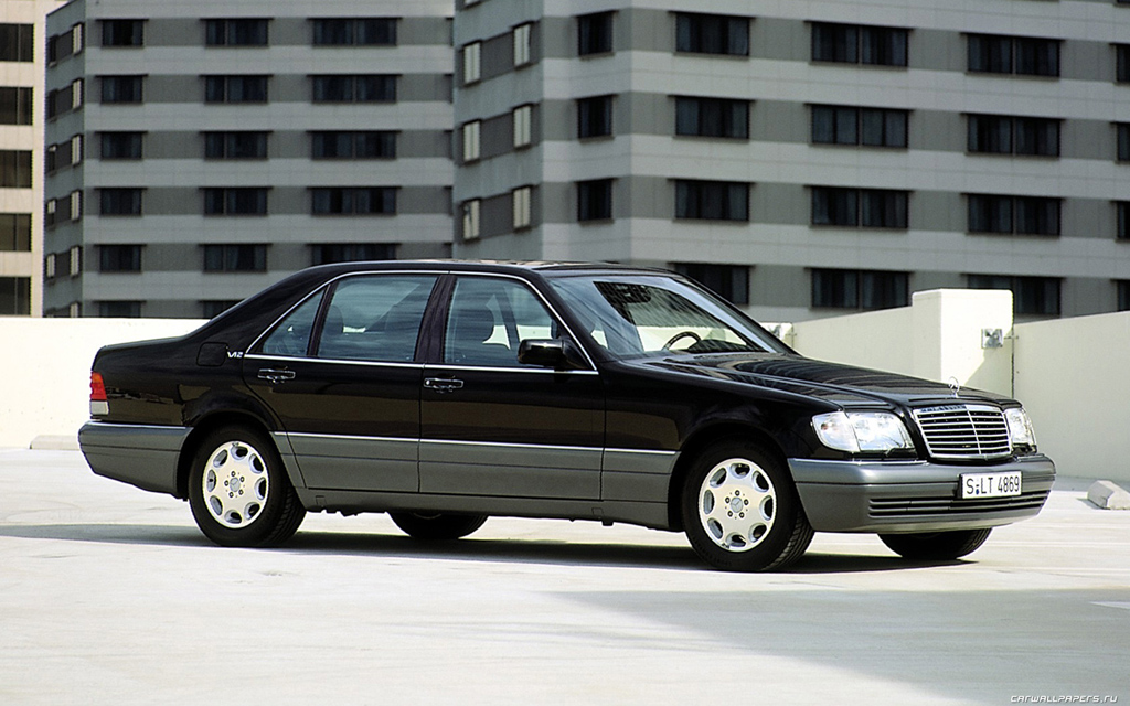 History of mercedes luxury limousines 1903 2013 for History mercedes benz
