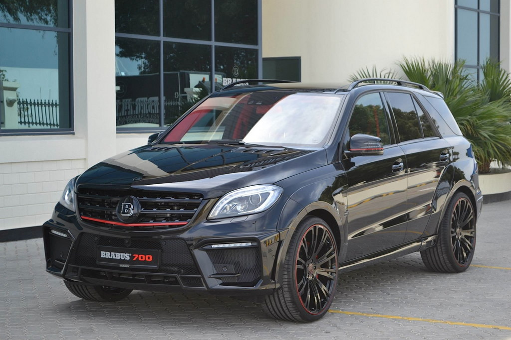 brabus mercedes ml63 amg with 700 horsepower. Black Bedroom Furniture Sets. Home Design Ideas