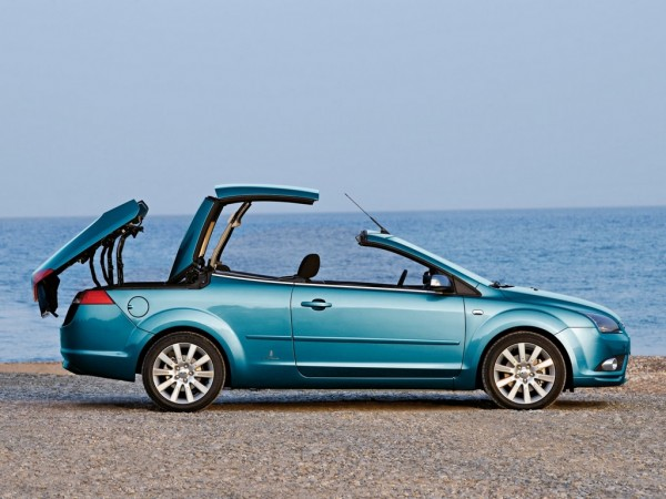 2006 Ford Focus Coupe-Cabriolet. (07/10/2006)