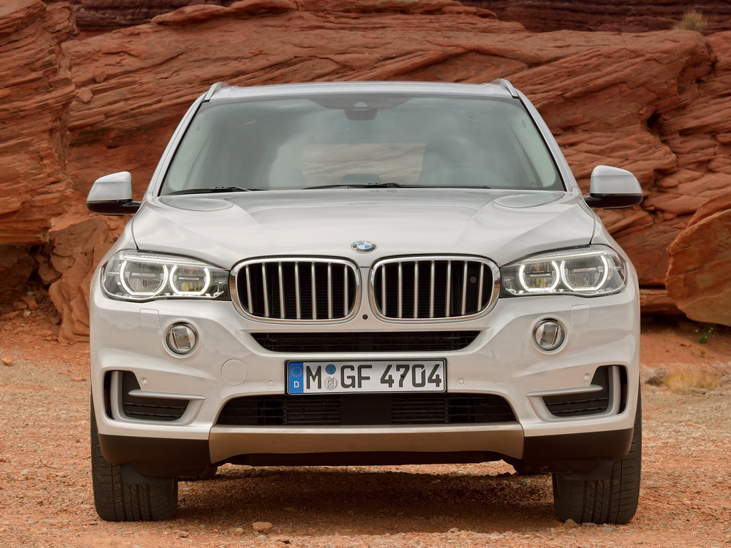 bmw x7 goes official today production starts in 2017. Black Bedroom Furniture Sets. Home Design Ideas