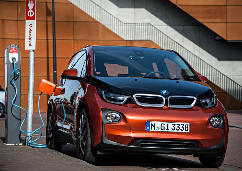 bmw i3 electronaut edition launches in america. Black Bedroom Furniture Sets. Home Design Ideas