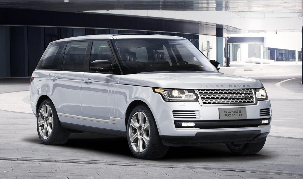 range rover hybrid long wheelbase debuts in beijing. Black Bedroom Furniture Sets. Home Design Ideas