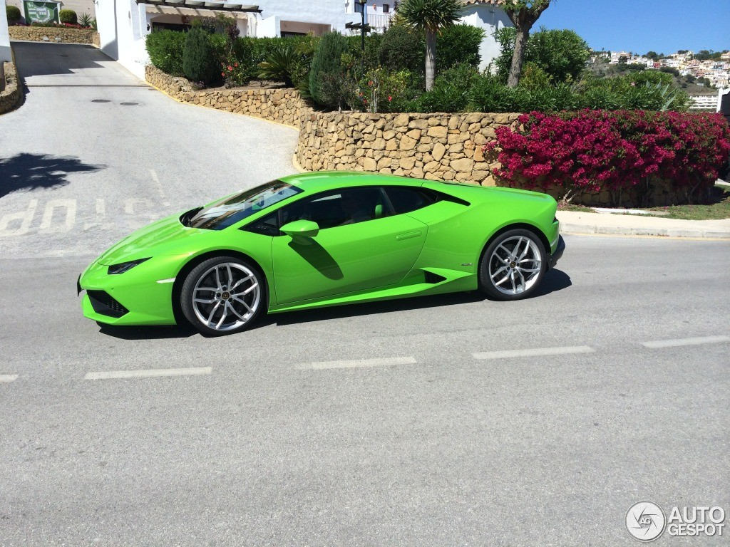 verde mantis lamborghini huracan spotted in marbella. Black Bedroom Furniture Sets. Home Design Ideas
