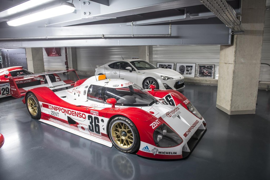 le mans night at toyota motorsport gmbh museum. Black Bedroom Furniture Sets. Home Design Ideas