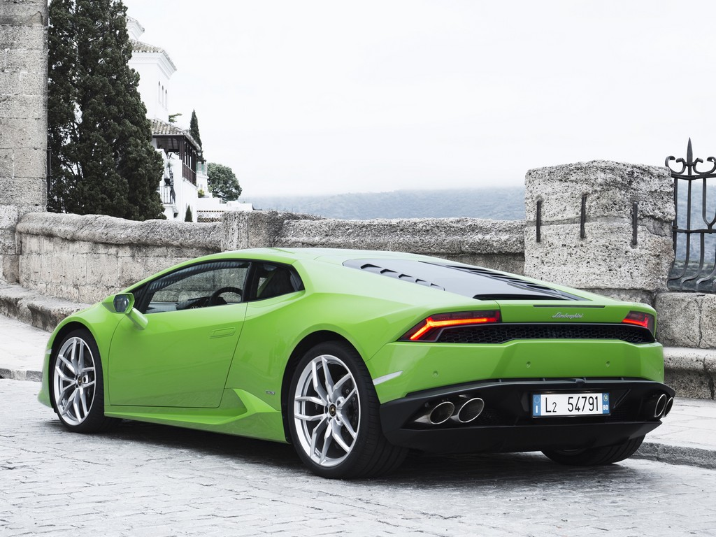brand spanking new lamborghini huracan pictures. Black Bedroom Furniture Sets. Home Design Ideas