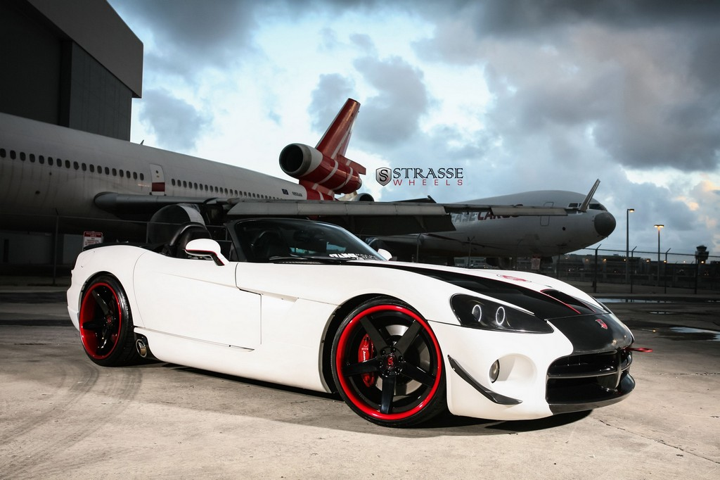 Supercharged Dodge Viper Srt 10 With Strasse Wheels