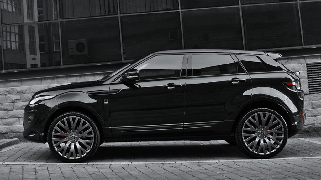 blacked out kahn range rover evoque looks menacing. Black Bedroom Furniture Sets. Home Design Ideas