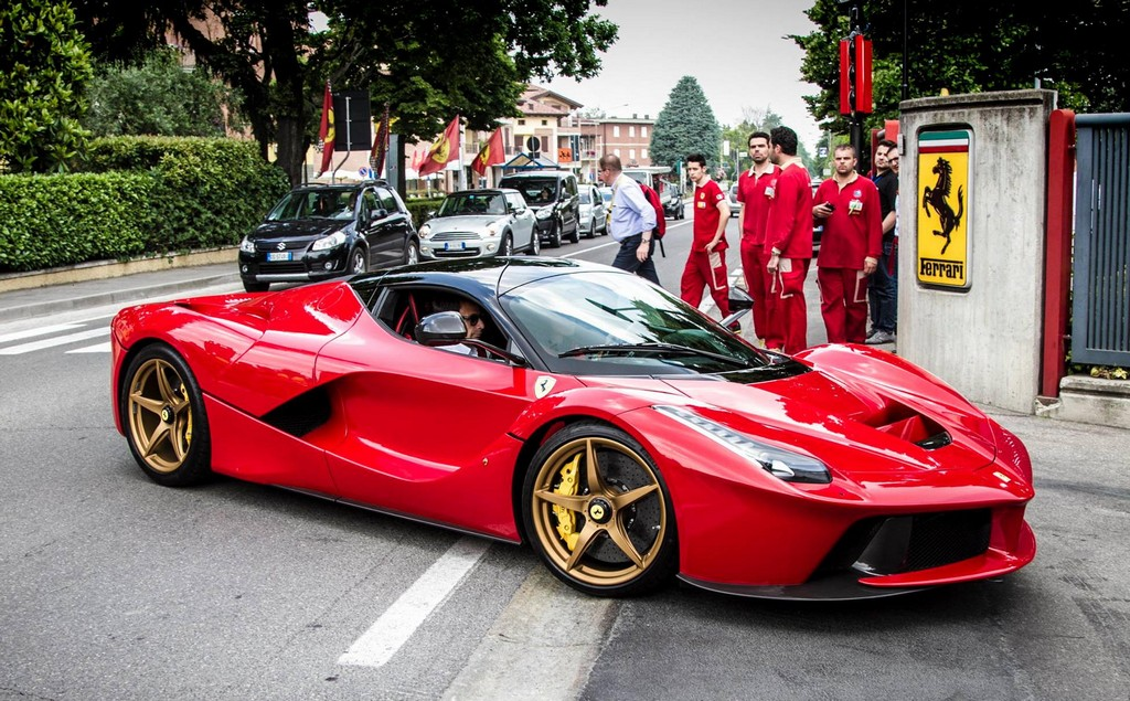 Gold Wheeled Laferrari Spotted At The Factory on fiat wiring diagram