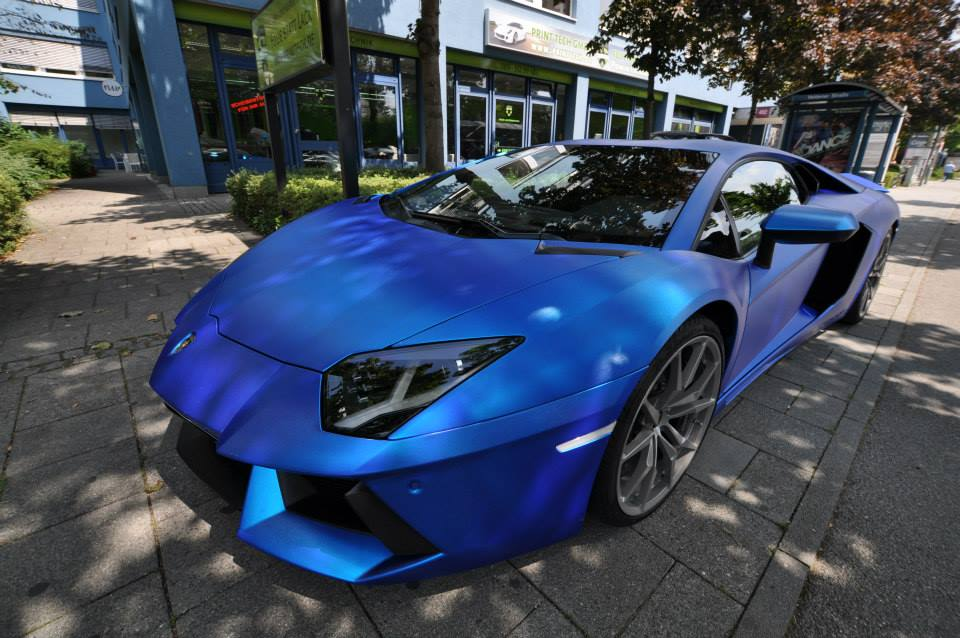 Lamborghini Aventador Wrapped In Blue Chrome Brushed