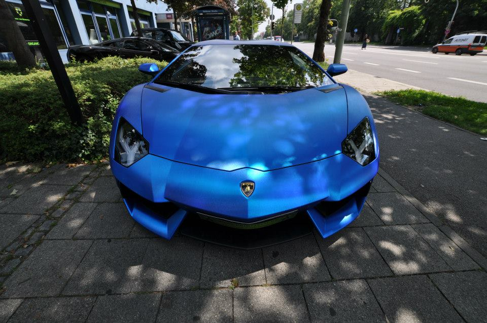 aventador in blue chrom brushed 8 175x175 at lamborghini aventador wrapped in blue chrome brushed - Lamborghini Aventador Blue Chrome