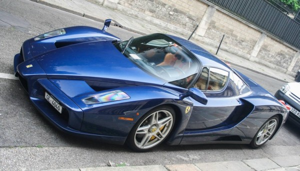 Blue Ferrari Enzo 0 600x343 at Magnificent Blue Ferrari Enzo Spotted in Paris