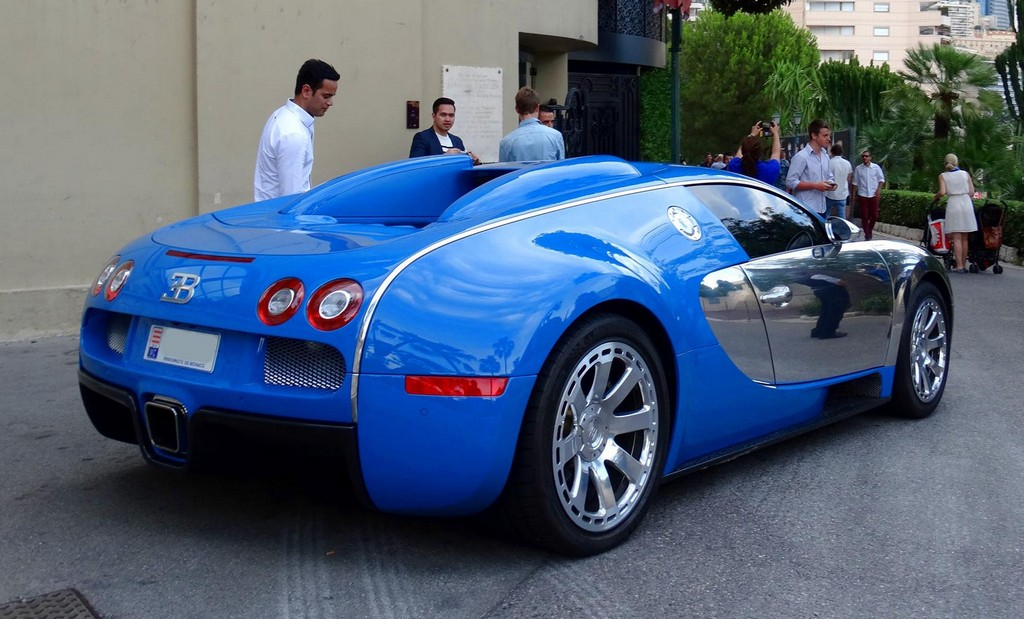 bugatti veyron centenaire jean pierre wimille spotted in monaco. Black Bedroom Furniture Sets. Home Design Ideas