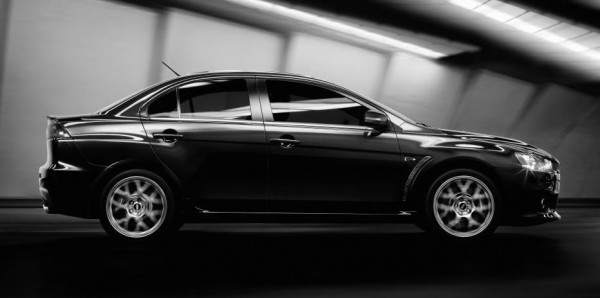 Mitsubishi Lancer Evo 2015 2 600x298 at Mildly Updated Mitsubishi Lancer Evo Unveiled