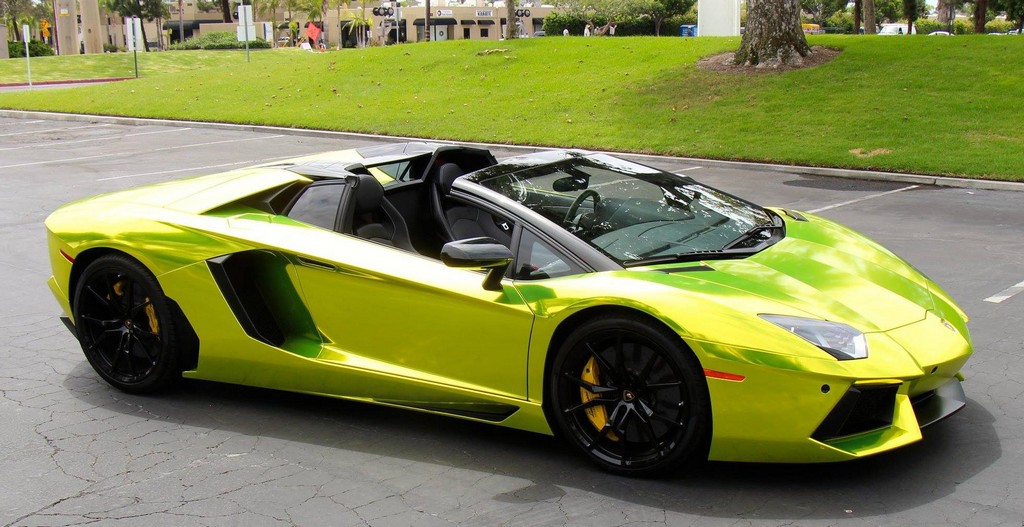 Lamborghini Aventador Roadster In Tennis Ball Yellow Chrome
