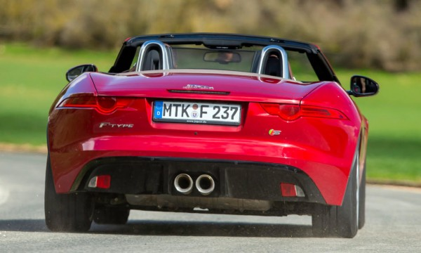 jaguar f type s 600x360 at Let This Jaguar F Type S Racket Wake You Up!