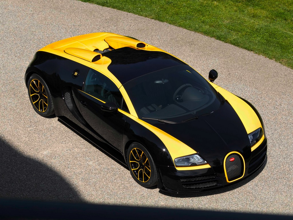 bugatti grand sport vitesse 1 of 1 revealed at pebble beach. Black Bedroom Furniture Sets. Home Design Ideas