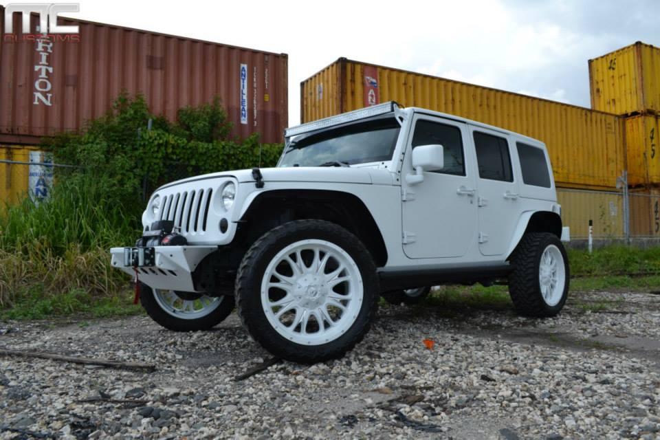 matte white jeep wrangler rubicon by mc customs. Black Bedroom Furniture Sets. Home Design Ideas