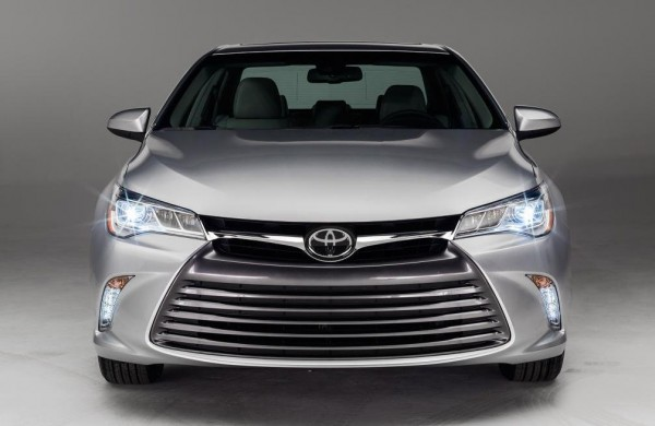 2015 Toyota Camry 0 600x390 at 2015 Toyota Camry Unveiled with New XSE Trim