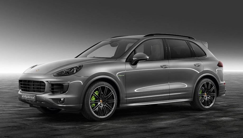 porsche exclusive cayenne s e hybrid in meteor grey. Black Bedroom Furniture Sets. Home Design Ideas