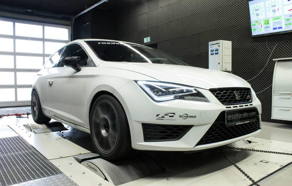 Seat Leon Cupra Tuned To 340 Hp By Mcchip Dkr