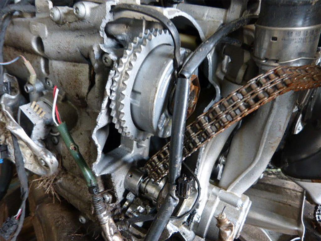 Уничтоженный двигатель Porsche 911 GT3